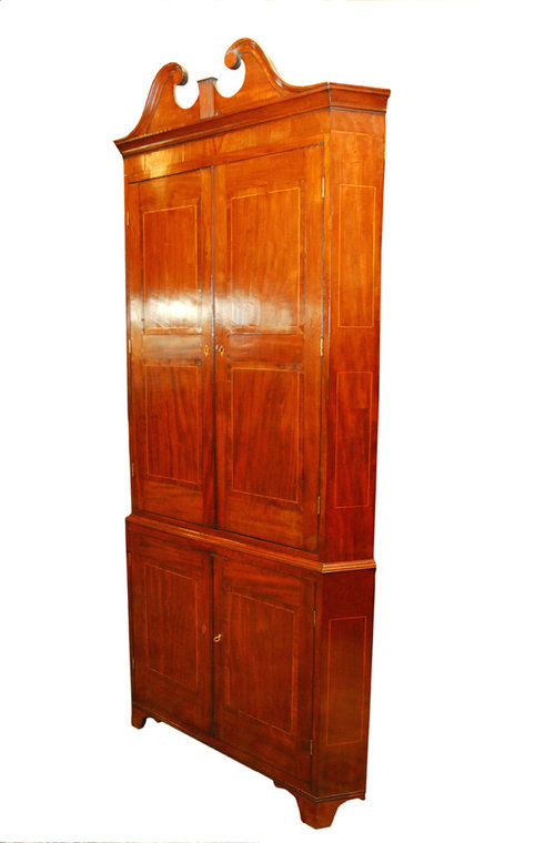 Superb Geo111 Mahogany Corner Cupboard