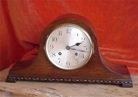Napoleon Hat Mantle Clock. 8 day gong chime.